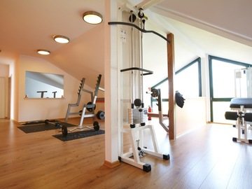 to rent your gym per h: IQ LIFE ACADEMY - Trainingsfläche