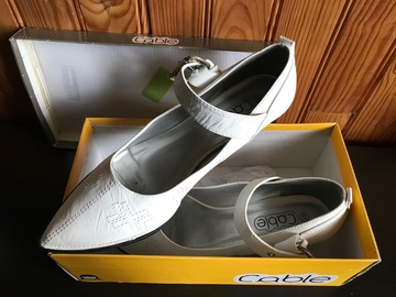 Vente: Chaussure femme pointure 41