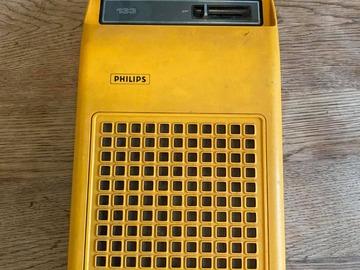 À vendre: Tourne-Disque Portable Vintage
