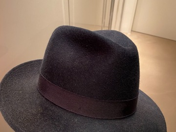 Selling with online payment: Bailey Wool Hat