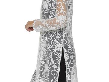 Liquidation/Wholesale Lot:  One Dozen New Lyssé Women's Mariah Tunic Tops White $1656 Value