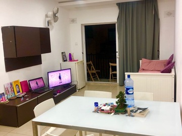 Rooms for rent: Studio to share Paceville 300€ All included