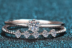 Buy Now: Diamond ring with band