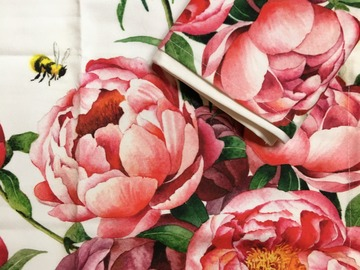 : Tea towel : Peonies