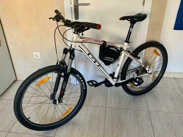 Alquiler de Material por dias: Bicicleta de montaña