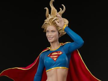 Individuals: Supergirl Premium Format Exclusive
