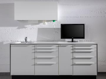 Nieuwe apparatuur: Kappler praktijk meubels bij Arseus Dental