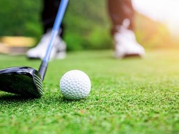 Ofrece Experiencias por horas: Iníciate en golf con alquiler de palos y bolsa