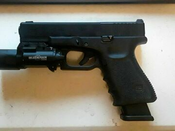 Selling: UMAREX G19 GEN 3 MOS + Surefire and extra mag