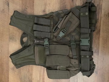 Selling: Airsoft Tactical Vest (Tan)