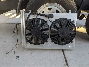 Selling with online payment: SVE Electric Fan 86-93 Mustang