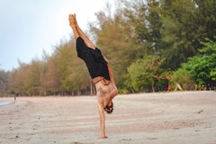 Private Session Offering: You CAN Do A Handstand