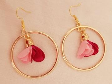 Vente au détail: Boucles d'oreilles créoles fushia