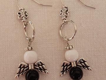 Vente au détail: Boucles d'oreilles anges