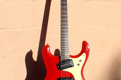 Selling with online payment: Late 1965 MOSRITE Ventures model guitar & case