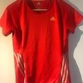 Selling: Adidas T-shirt s