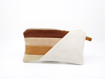 Selling: Clutch - Neapolitan