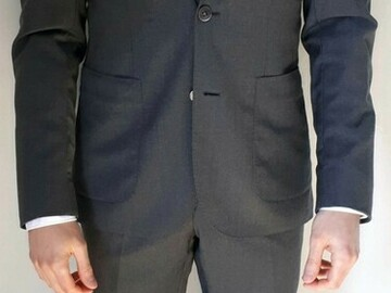Online payment: Hardy Amies grey suit UK36