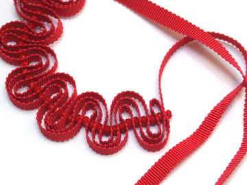 : Red Ripple Ribbon Necklace