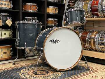 Selling with online payment: ASBA Super Simone Rock 6 ply Maple Drums in Vintage Satin Varnish
