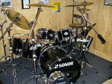 Selling with online payment: Sonor Select Force S-Drive, 6pc Maple Drum Set, Piano Black w/ HW