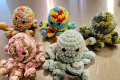Selling with online payment: 8-inch Hand Crocheted Stuffed Octopus