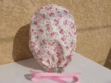 """Vente au détail: Calot chirurgical, chapeau de bloc en tissu coton motif """"Roses te"""
