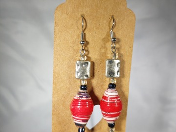 Selling with online payment: SALE: Single Paperbead Earrings