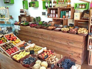 Vente avec paiement en direct: Fruits et légumes, épicerie et produits régionaux