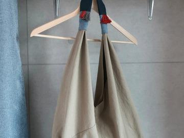 : Triangle Bag