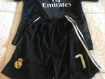 Selling : BOYS SALE 30% SET SHORT/SHIRT Ronaldo Real Madrid