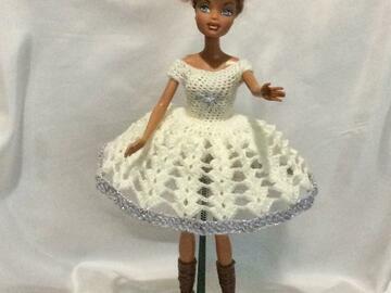 Vente au détail: Chic robe Barbie