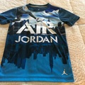 Selling : BOYS T-SHIRT AIR JORDAN