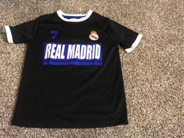 Selling : BOYS T-SHIRT  Ronaldo Real Madrid