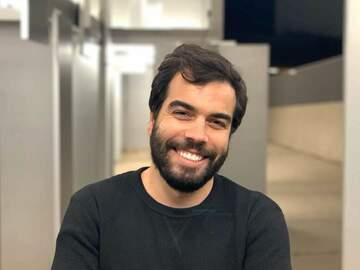 Looking for a room: Portuguese guy looking for a room