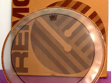 """Selling with online payment: REMO PS-1322-00 Pinstripe Clear 22"""" Bass Drum Head"""