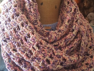 Selling with online payment: Infinity Scarf