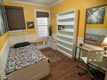 Renting out without online payment: Furnished Private Room in the Heart of Mission District