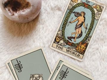 Selling: Romance Tarot Reading