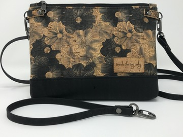 Selling with online payment: Black & Tan Cork Crossbody/Wristlet Purse