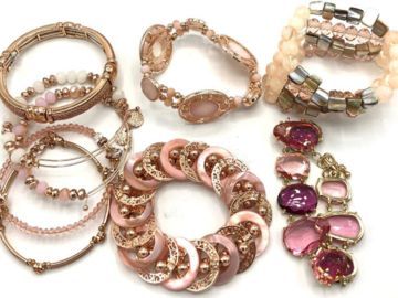 Liquidation/Wholesale Lot: 30 PIECES Boutique Bracelets Great Mix & Variety