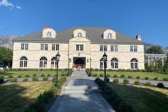 Hourly Rental: European Manor House