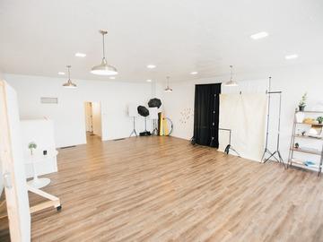 Hourly Rental: Studio la Lune