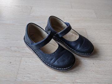 Vente: Chaussures Salomé bleu marine