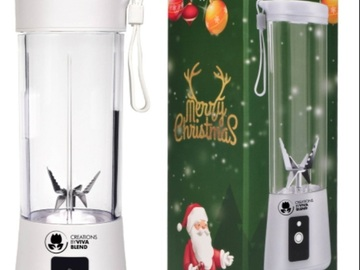 For Sale: Christmas Edition Portable Electric USB Juice Blender