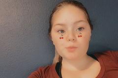 VeeBee Virtual Babysitter: Amazing friendly babysitter