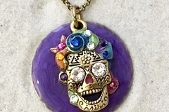 Selling with online payment: Swarovski Crystal  Sugar Skull Necklace