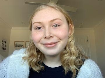 VeeBee Virtual Babysitter: high school student looking for babysitting/tutor jobs