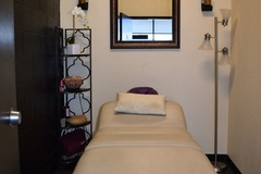 Available To Book & Pay (Hourly): Physical Therapy & Massage Room