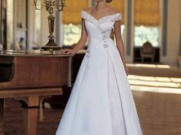 Ilmoitus: Valkoinen Sincerity Bridal hääpuku 40-42